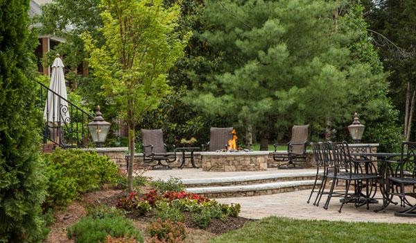Milosi Outdoor Living Fireplace